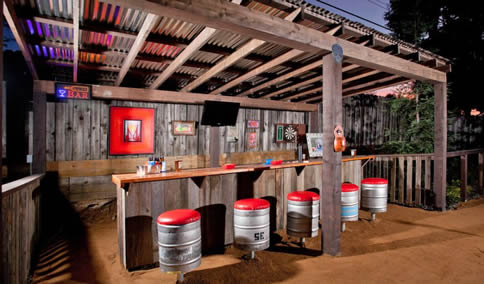 budget outdoor man cave